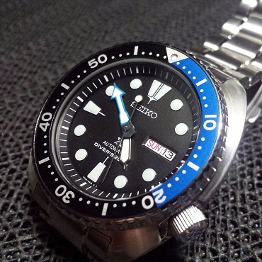 Seiko Prospex Batman Turtle SRP787K1 24 Jewels Automatic Black Dial 200M Men's Diver Watch