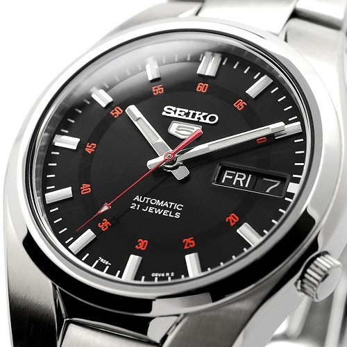 Seiko 5 SNK617 SNK617K1 Automatic 21 Jewels Black Dial Stainless Steel Men's Watch